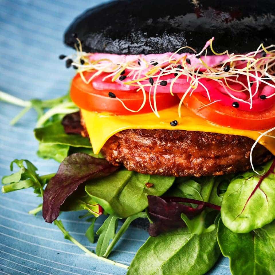 Vegansk burger fra Two Monkeys i Boltens Food Court